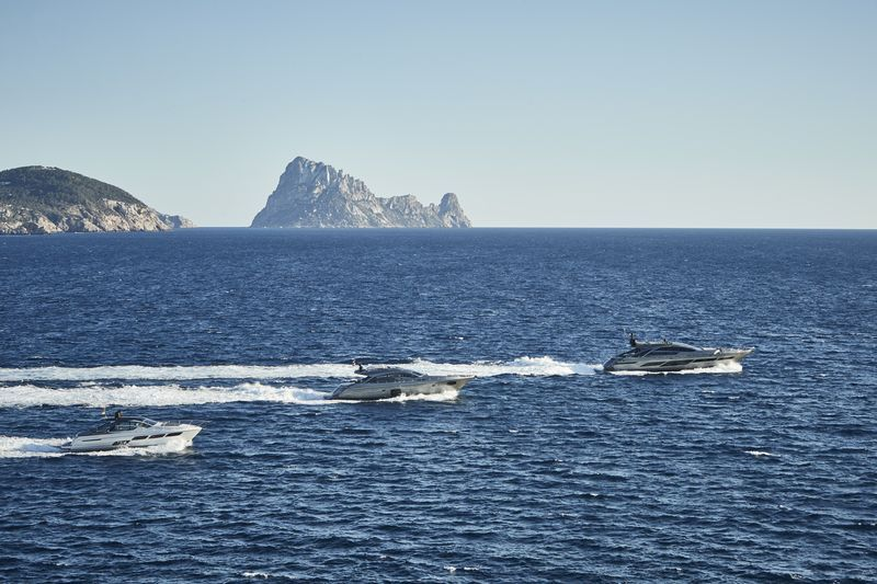 14.7P-Yachting-Services-1