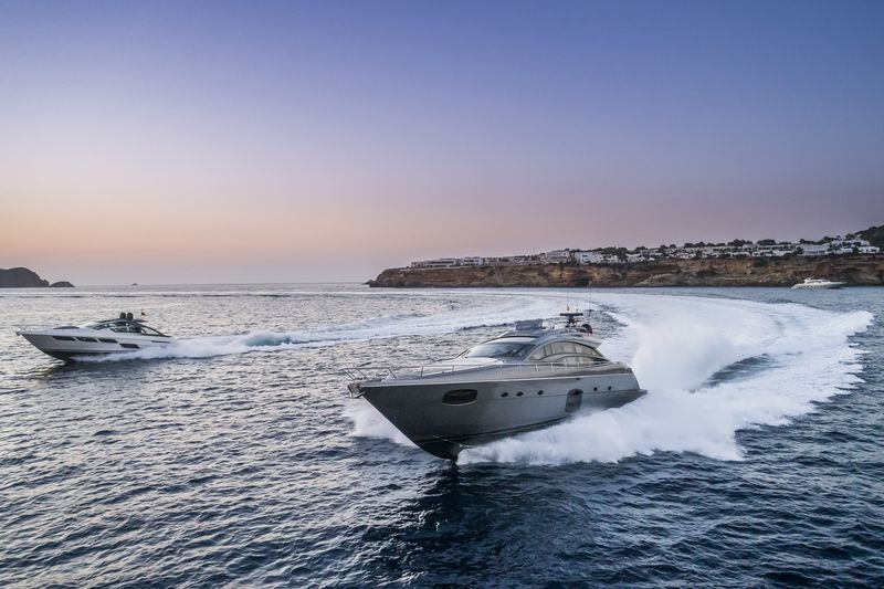 21.7P-Yachting-Services-3