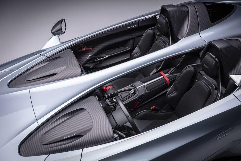 Aston_Martin_V12_Speedster_12-jpg