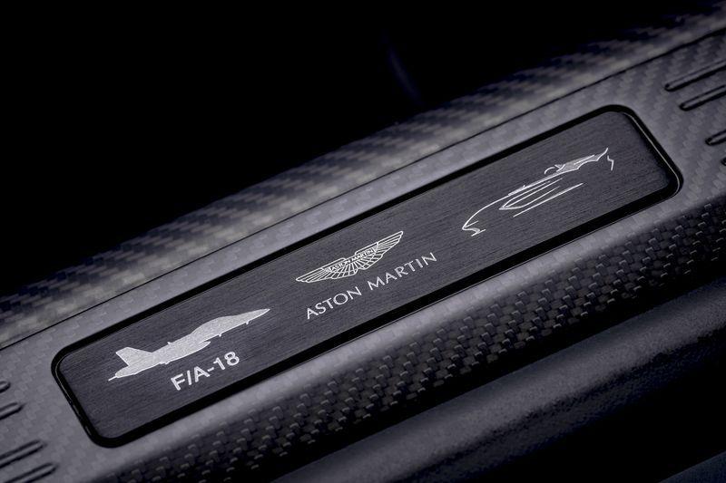Aston_Martin_V12_Speedster_7-jpg