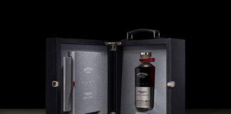 Bowmore y Aston Martin creal el Whisky Black Bowmore DB5 1964