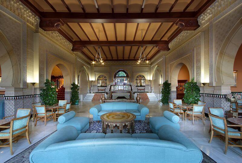 Hall Hotel Alhambra Palace